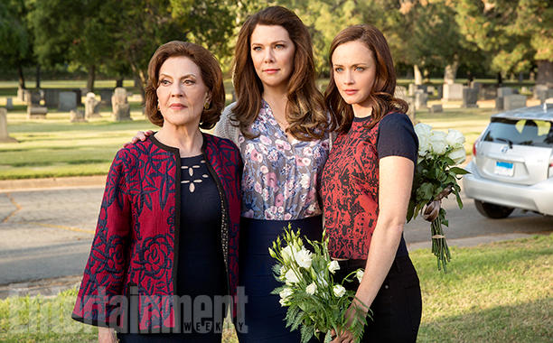 Kelly Bishop, Lauren Graham e Alexis Bledel Foto: Robert Voets/Netflix